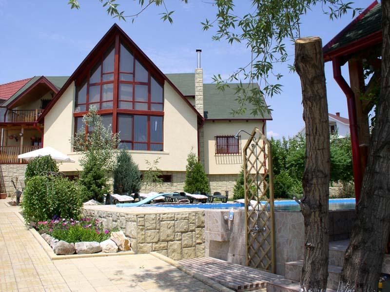Casa din lemn Branesti I