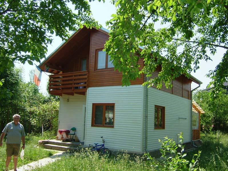 Casa din lemn Cornu II