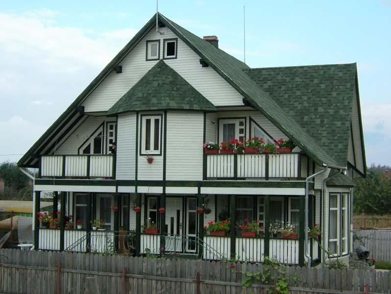 Casa din lemn Onesti