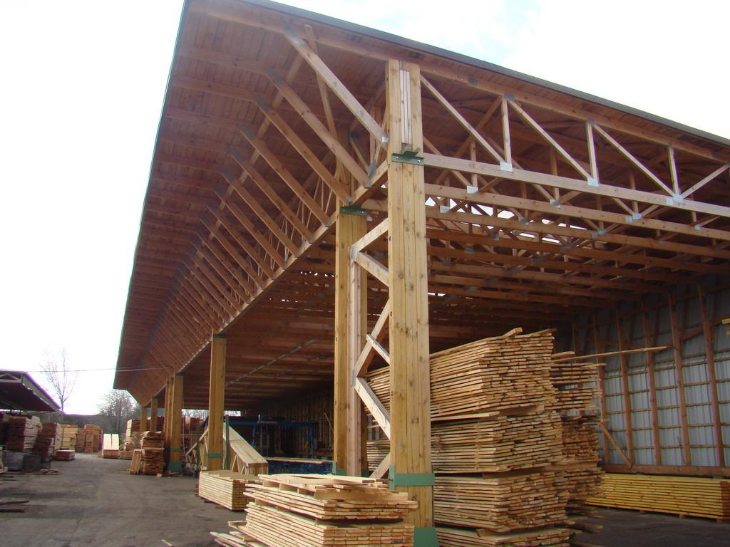 Hala din lemn - Fabrica de sarpante